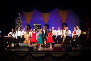 A Crooner's Christmas @ Williamsburg Library Theatre